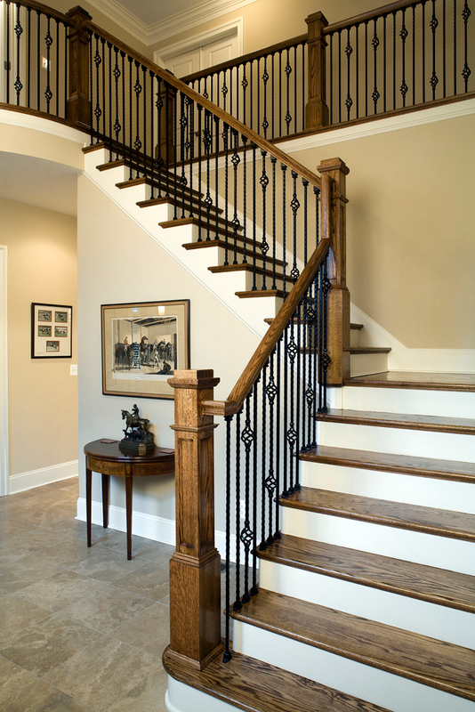 Charmant Grand Entry Oak Stair