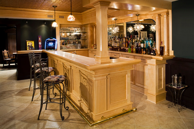 Perfect This Is An English Style Basement Bar Custom Made From Clear Maple. The  Basement Was Decked Out With Matching Maple Crown And Details.